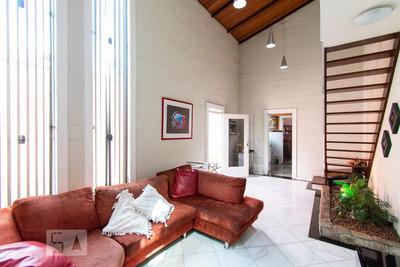 Casa Com 4 Dormitórios E 8 Garagens - Id: 892872405 - 172405