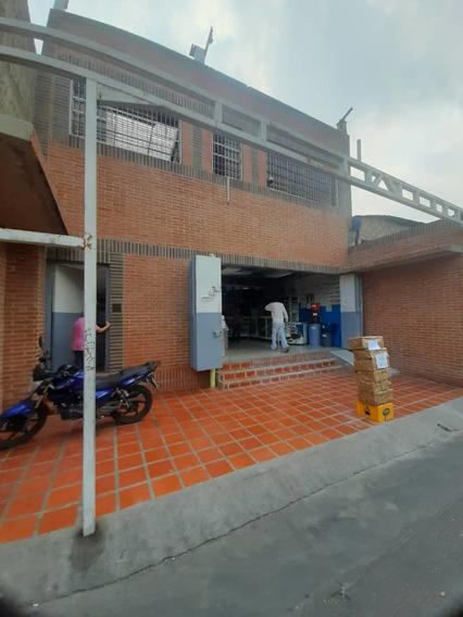 Local En Venta W.s 04247307217