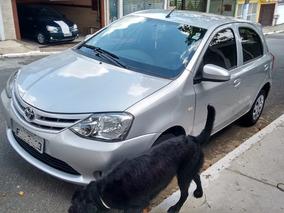 Toyota Etios 1.3 16v X 5p Todo Original