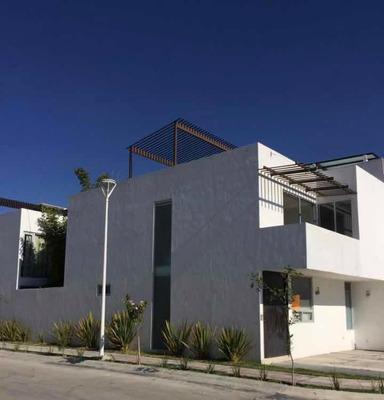 Casa En Renta Lomas De Angelópolis Parque Yucatán