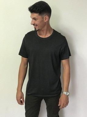 Camiseta Básica Masculina Em Malha Algodão - Hering