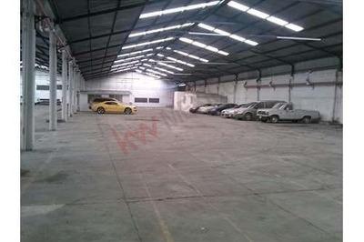 Rento Dos Bodega Industrial 3000 M² Blvd. Valsequillo Y 24 Sur