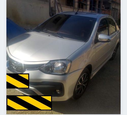 Imagem 1 de 15 de Toyota Etios 2018 1.5 16v Platinum Aut. 4p