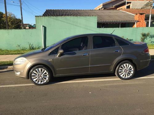 Fiat Linea 2010 1.9 16v Absolute Flex Dualogic 4p