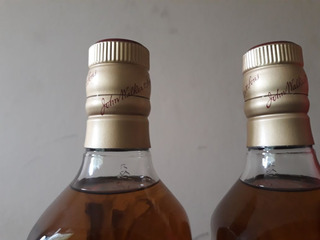 Whisky Johnnie Walker Etiqueta Roja (750ml)