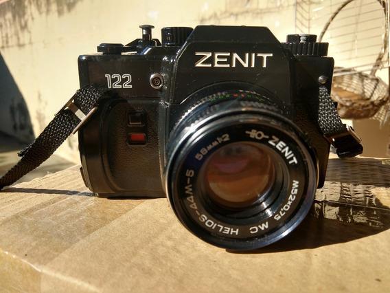 Maquina Fotográfica Zenit 122 (russa)