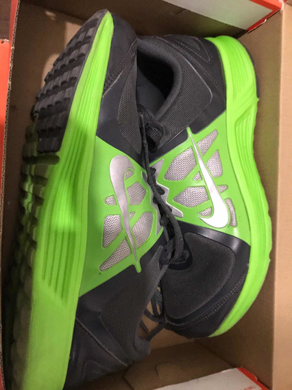 Tenis Nike Emerge Training 26.5 Gris/verde