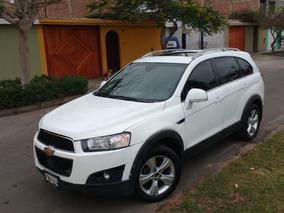 Hermosa Camioneta 2013 Dual 4x4 Full 3 Filas De Asientos
