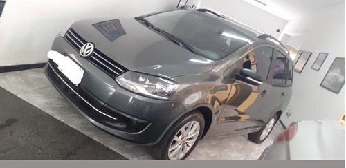 Volkswagen Suran 1.6 Trenline 2014 Km 63mil