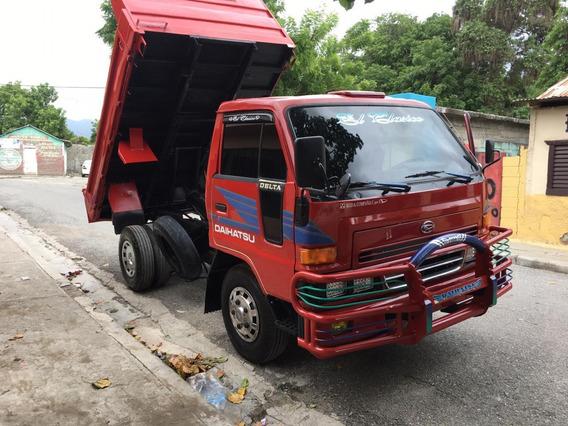 Daihatsu Volteo Año 99 Excelentes Condiciones 849-261-0092.