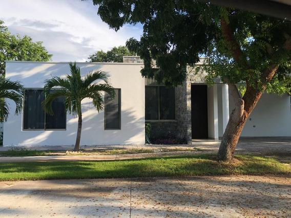 Casa De Una Planta En Venta O Renta Yucatan Country Club