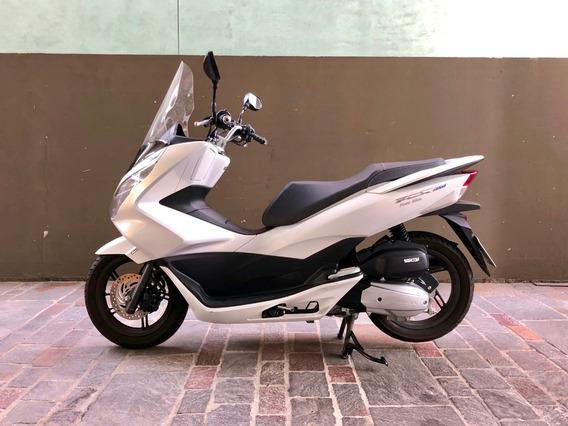 Scooter Honda Pcx 150 - Blanca -oportunidad! Con Adicionales