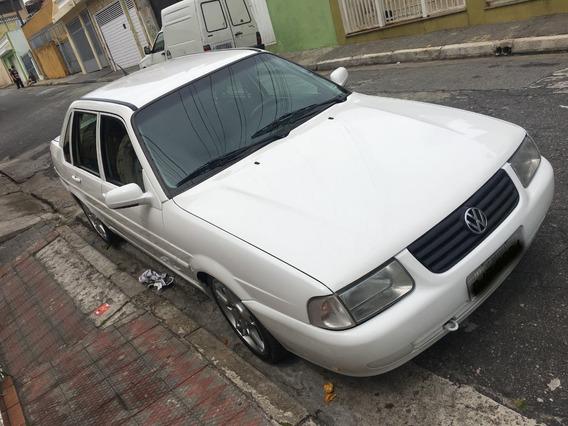 Volkswagen Santana 1.8 4p Gasolina