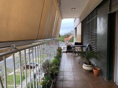 Parque Battle Ponce 4 Dormitorios 3 Baños Loza Radiante - Ref: 4944