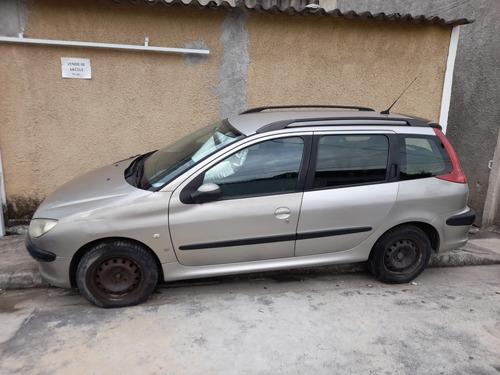 Imagem 1 de 4 de Peugeot 206 Sw 2005 1.4 Presence 5p