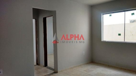 Apartamento Com Área Privativa De 02 Quartos Em Mário Campos . - 4174