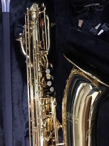 Saxofon Baritono C.g.conn