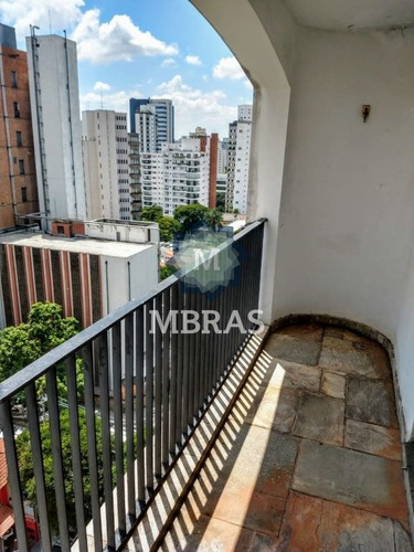 Clássico Apartamento Com Excelente Localização No Campo Belo. - Mb10339