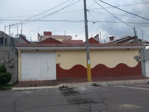 Casa En Venta En Lomas De Cristo, Texcoco