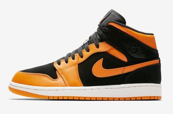 Air Jordan 1 Mid Naranjas Vuelta Town Sneakers