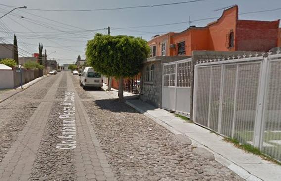 Casa En Venta Colonia Lomas Del Mirador (candiles).