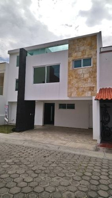 Se Vende Casa Residencial Detras De P. San Diego Cholula Pue