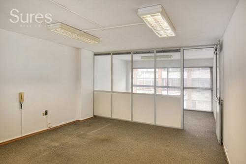 Oficinas Alquiler Centro Montevideo Oficina / Consultorio Con Garaje En El Centro De Montevideo