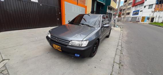 Peugeot 306 Xr Motor: 1800 Modelo: 1996