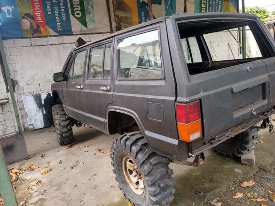 Jeep Cherokee Sport Sport Motor Diesel