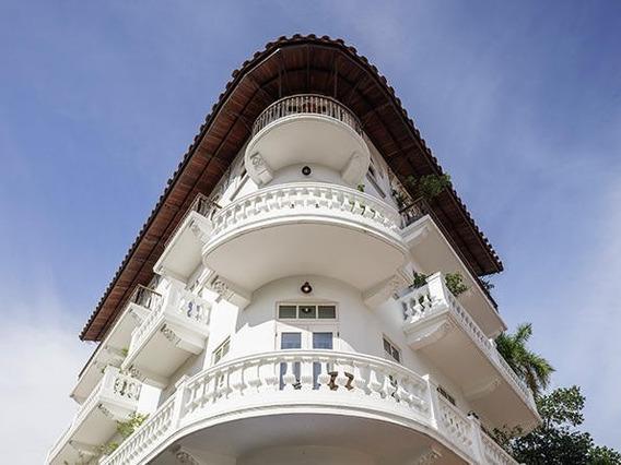 Apartamento Amoblado Alquiler En Casco Antiguo 20-7948 Emb