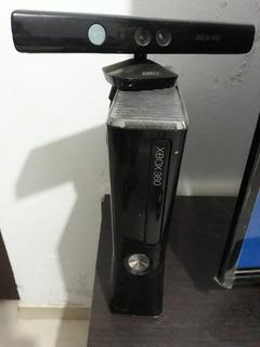 Xbox 360 Slim 250gb + Kinect + 2 Controles + 3 Juegos