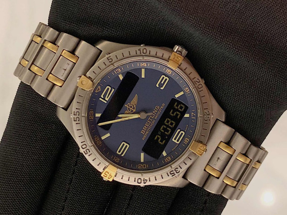 Breitling Aerospace Titanium / Ouro , 40mm , Digital , Show!