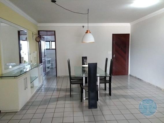 Apartamento Com 184,35 M² No Bairro Do Tirol - V-10861