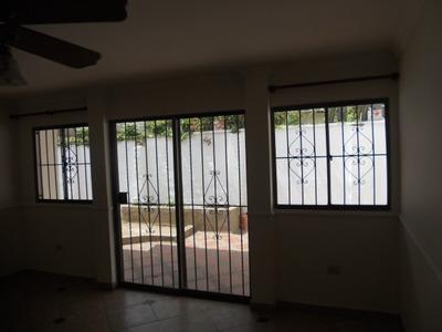 Casas En Venta Paraiso 663-40018