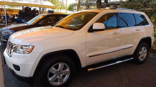 Imagen 1 de 12 de Jeep Grand Cherokee 2012 Laredo V6 Lujo 4x2 At