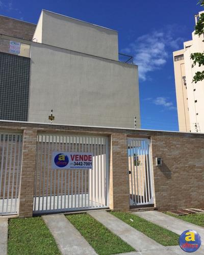 Imagem 1 de 23 de Sobrado Triplex Com 3 Quartos Sendo 1 Suíte, 3 Vagas De Garagem No Centro Em Guaratuba/pr - Imobiliária África - So00120 - 33359021