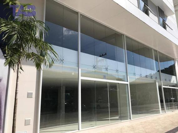 Sala Comercial Para Locaçâo Em Bal. Camboriú - Ibiza Tower - Ampla Com Vista Para A Marina - 01 Cozinha - 01 Banheiro - Sa0190