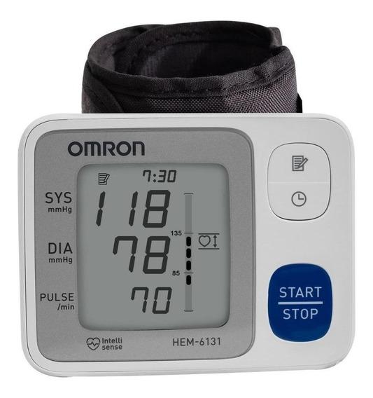 Monitor de presión arterial Omron HEM-6131