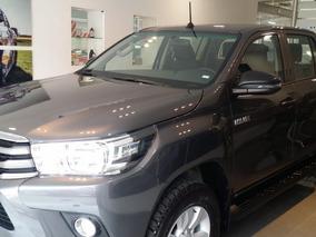 Toyota Hilux Doble Cabina Sr Mt 2019