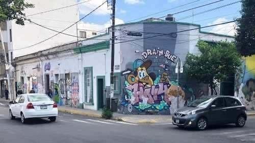 Terreno En Esquina Sobre López Cotilla En Col. Americana Gdl