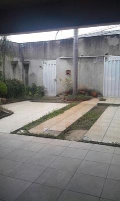 Casa Com 4 Quartos Para Comprar No Eldorado Em Contagem/mg - 5501