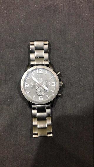 Relógio Fóssil, Com Pequeno Defeito No Maquinário ! Original