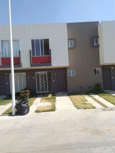 Casa En Fraccionamiento Amaranto Residencial, Zapopan, Jalis