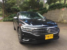Volkswagen Nuevo Jetta 1.6 Tur Confortline