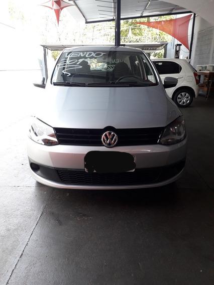 Volkswagen Fox 1.0 Trend Tec Total Flex 5p 2014