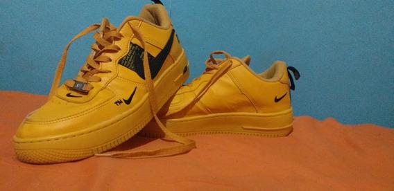 Nike Air Force Utilitys