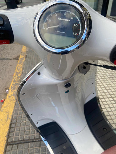 Scooter Beta Tempo Arrow Deluxe
