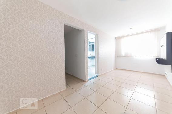 Apartamento No 1º Andar Com 1 Dormitório E 1 Garagem - Id: 892947482 - 247482