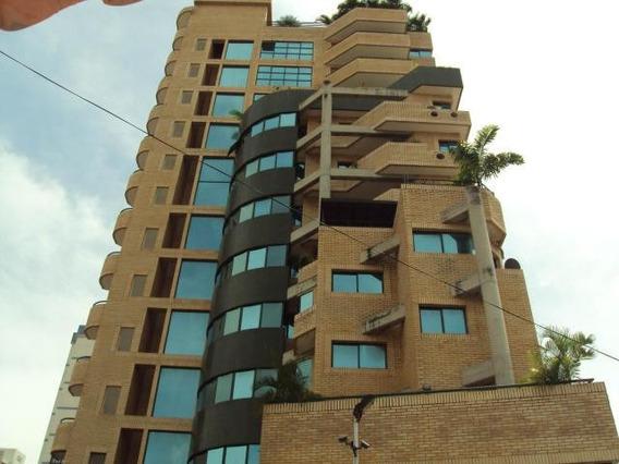 Patricia Molvinni Vende Apartamento La Soledad # 20-9098