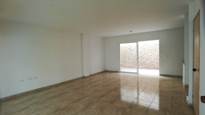 Vendemos Casa En Plan Parejo, Turbaco, Bolívar Eo